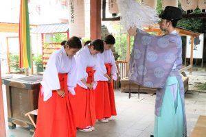 命名姓名判断 武信稲荷神社巫女体験写真見本6