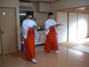 命名名付け 武信稲荷神社巫女体験風景写真8